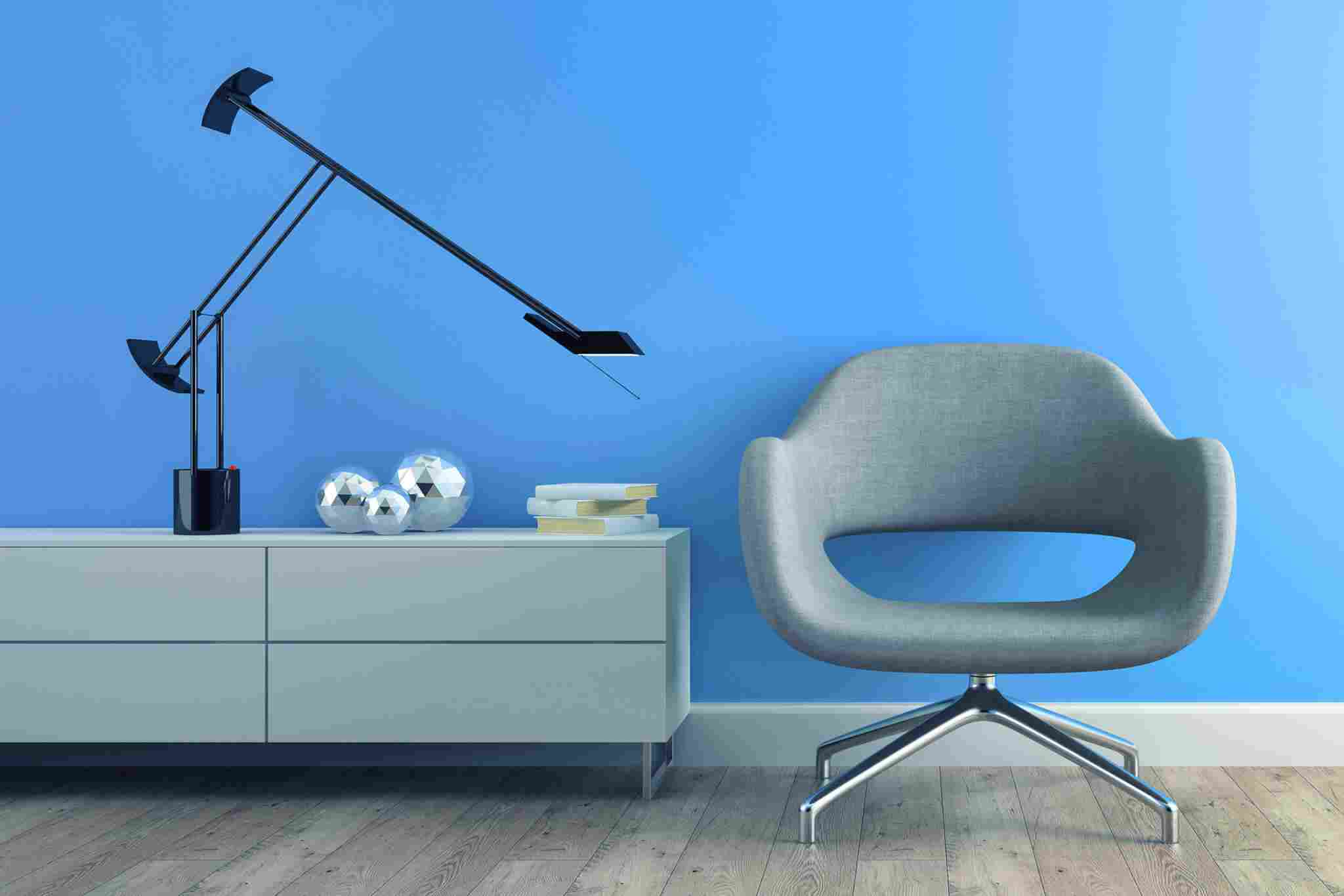 https://ra-zoom.kz/wp-content/uploads/2017/05/image-chair-blue-wall.jpg